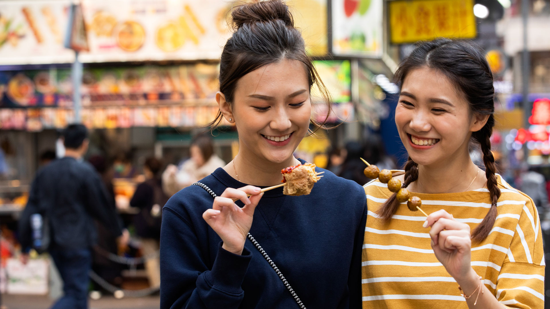 Must-try street food in Hong Kong