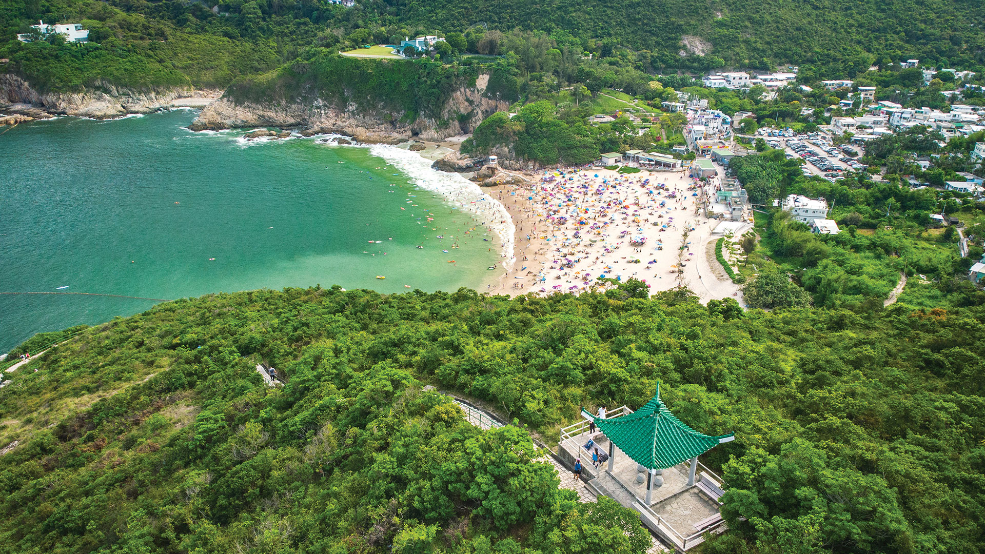Siu Sai Wan to Shek O: view the sea and listen to the sounds of nature