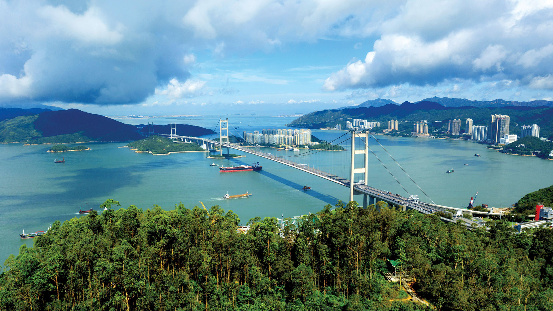 Tsing Yi Nature Trails: climb to the top for a stunning view of the sea, mountains and bridges