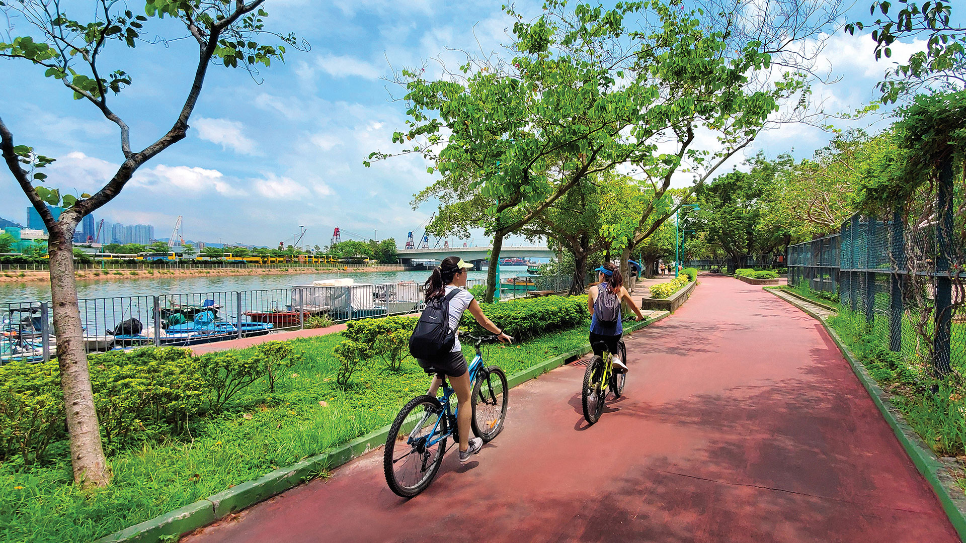 Yuen Long to Butterfly Beach: take a leisurely bike ride through cultural and recreation sites