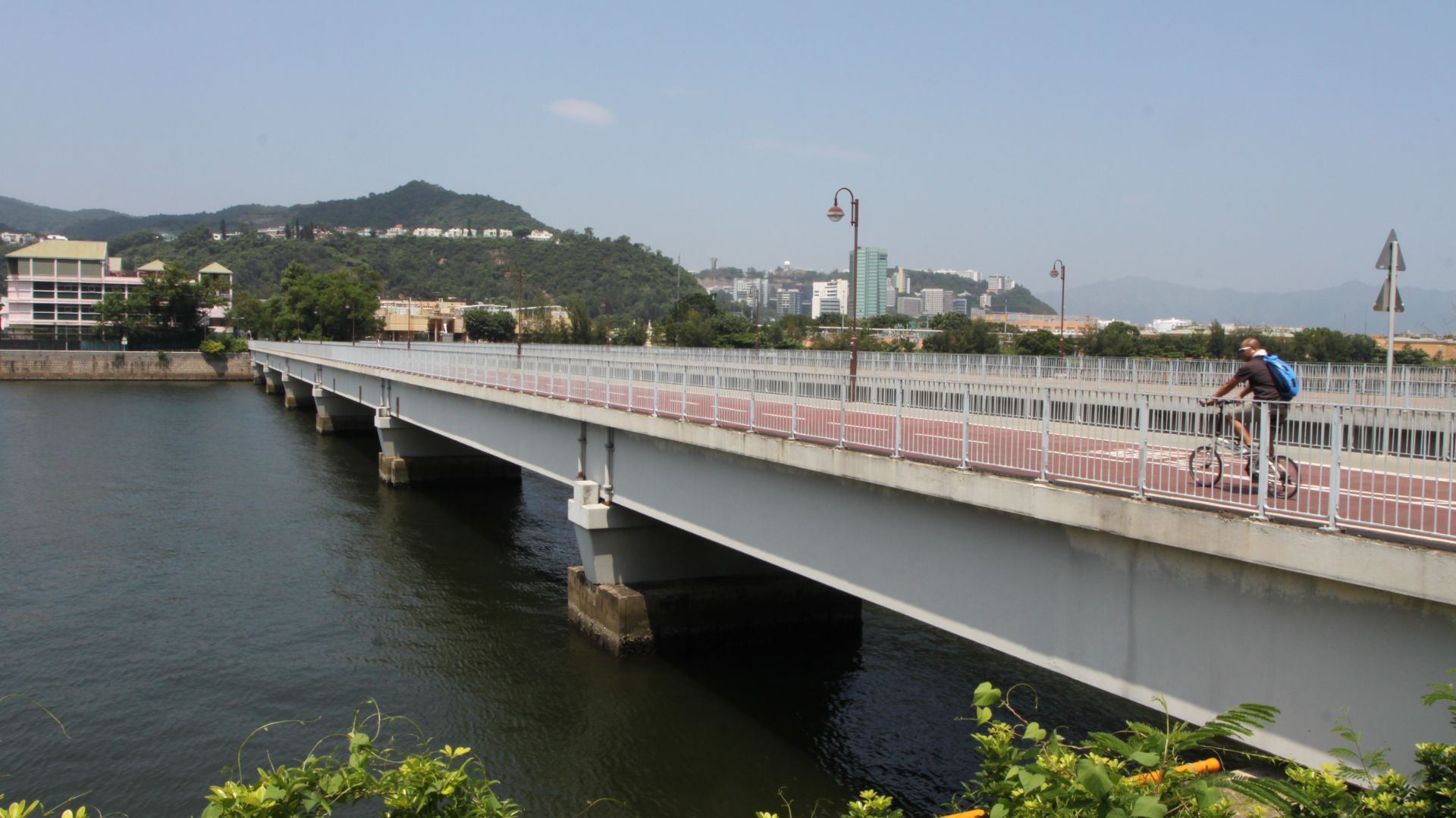 An easy coastal bike ride from Sha Tin to Wu Kai Sha