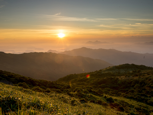 Dawn on the Horizon: Tai Mo Shan Sunrise Hike